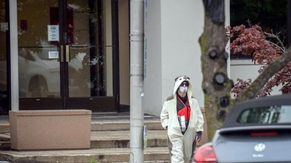 """Photos: Man With """"Bomb"""" Shot Down By Police After Threatening To Blowup Fox TV Station"""