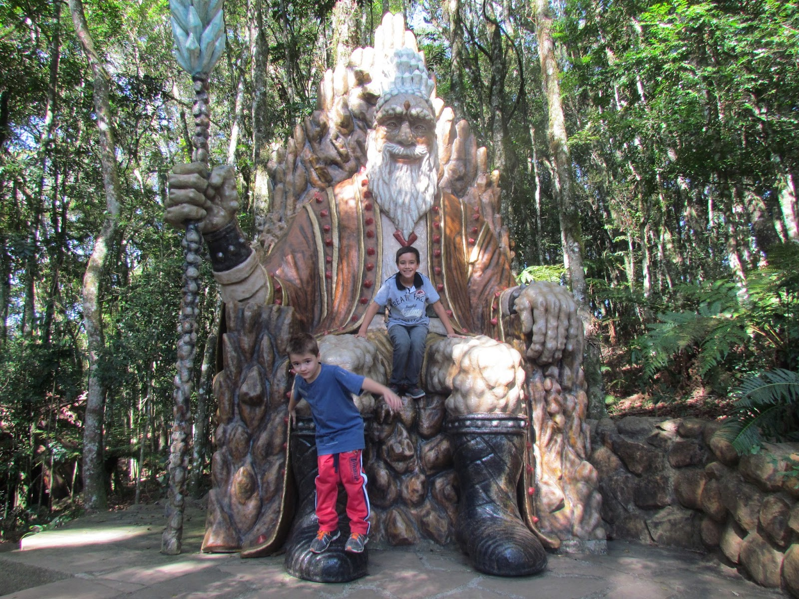 Estátua gigante Florybal