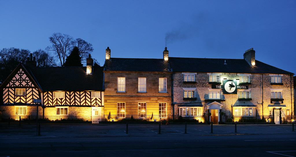 20 of the Best Places to Stay near Flamingo Land  - Black Swan Hotel Helmsley