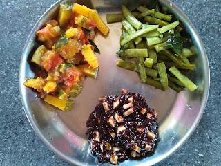 Kavuni rice sweet pongal, Cluster beans poriyal, Pumpkin curry