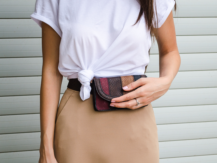 fashion-blogger-outfit-white-tshirt-asos-belt-bag
