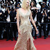 """Uma Thurman """"comparece à cerimônia de encerramento do Festival de Cannes na França""""- 28/05/2017 x45"""