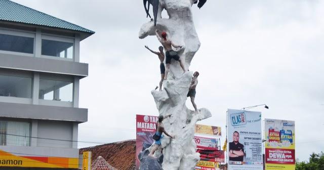 Jalan Transportasi Menuju Kebumen Jawa Tengah
