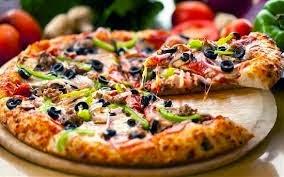 pizza makanan khas italy