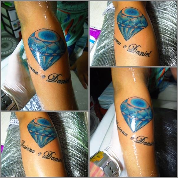 Tatuagem De Flor De Lótus Com Borboleta Azul