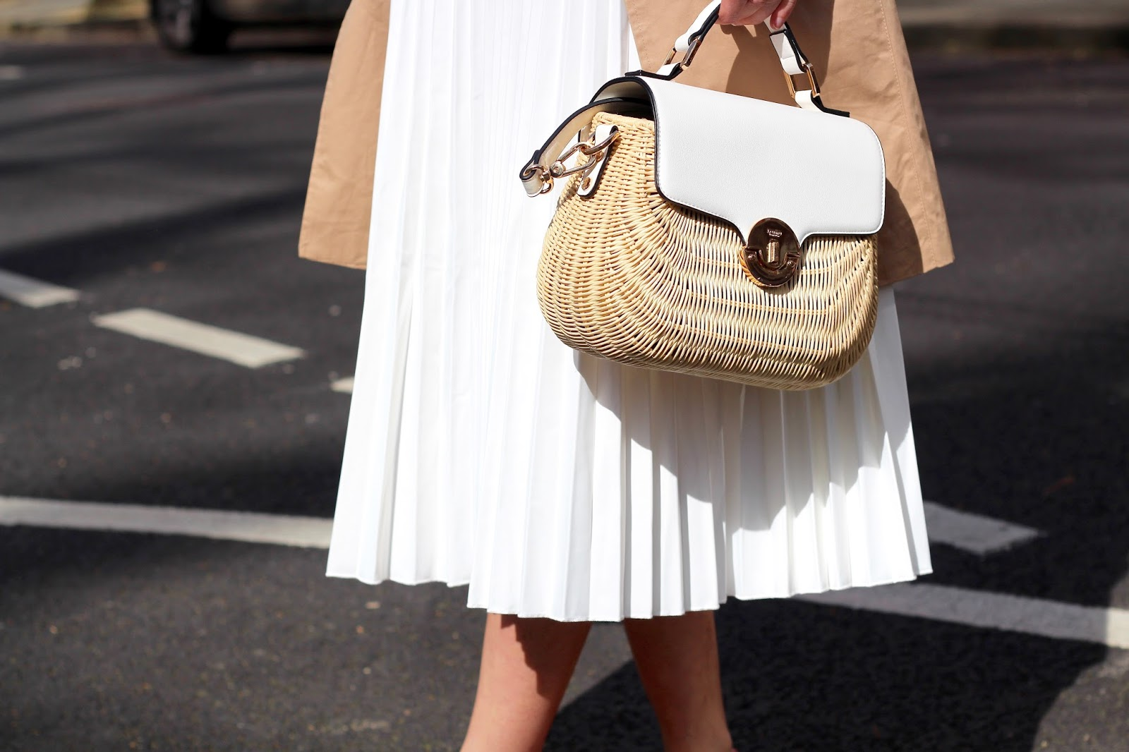 straw basket bag dune peexo blog