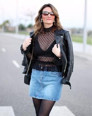 outfit de invierno con bralette negro
