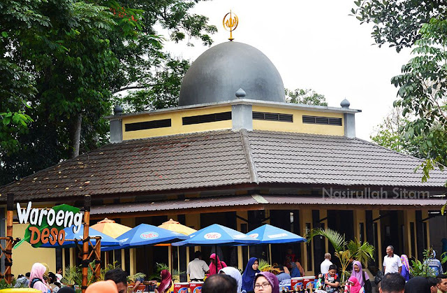 Masjid di area Kebun Binatang Prigen, Pasuruan