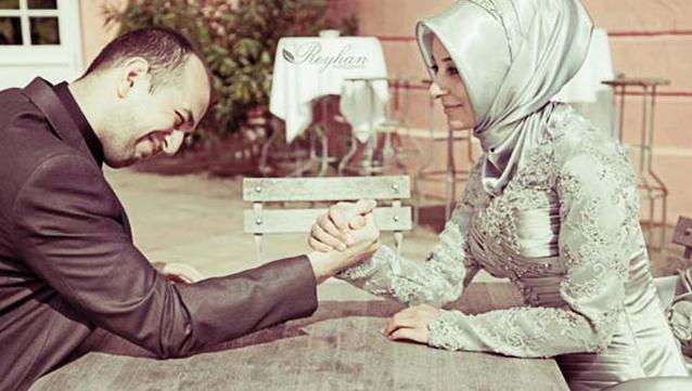 11 Alasan Mengapa Wanita Keras Kepala Merupakan Sosok Calon Istri Terbaik
