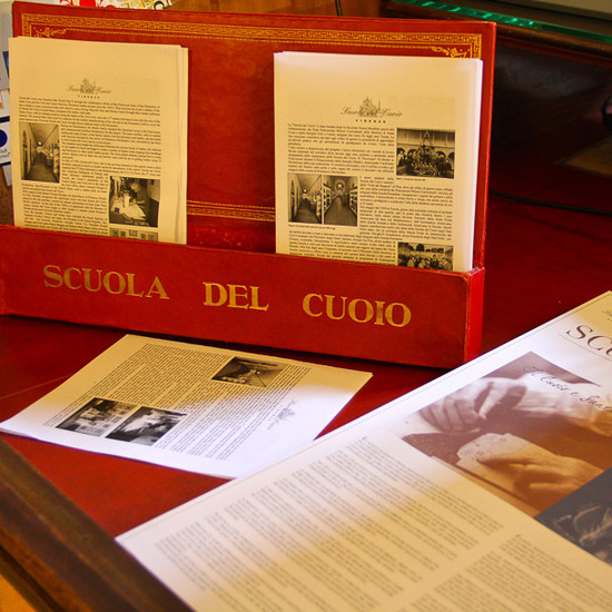 Scuola del Cuoio (Leather School in Florence):