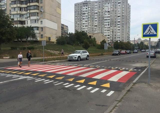 В России появятся новые пешеходные переходы