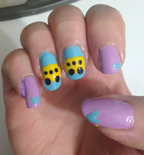 school_bus_nail_art