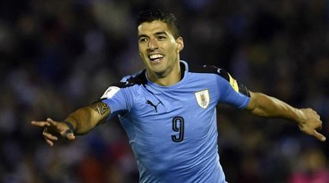 Luis Suarez - Tiền đạo ăn ý của Cavani đã bị treo giò.