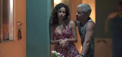Érica (Nanda Costa) e Ryan (Thiago Martins)