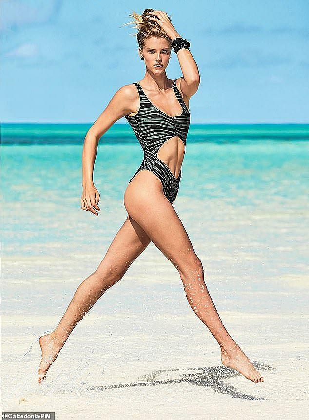 "Bạn gái con trai ""Kẻ hủy diệt"" Arnold Schwarzenegger gợi cảm với bikini"