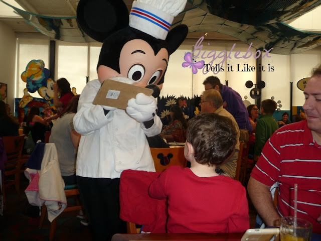 Chef Mickey's, Walt Disney World vacation, character meals at Walt Disney World,