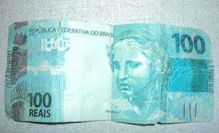 Homens são presos após fazerem compra com nota de 100 reais falsa, na PB
