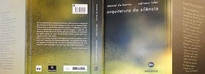 """Aspecto externo do livro-objeto """"Arquitetura do silêncio"""", que se desdobra para abrir um universo de encantamentos pelas coisas simples da vida."""