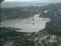 El cráter y la cascada