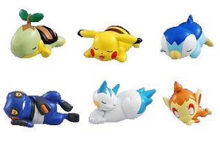 Pachirisu sleeping pose Pokemon Figure Takara Tomy Sleeping うたたね figure