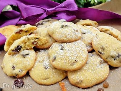 Ciastka z suszonymi owocami i mąką z amarantusa