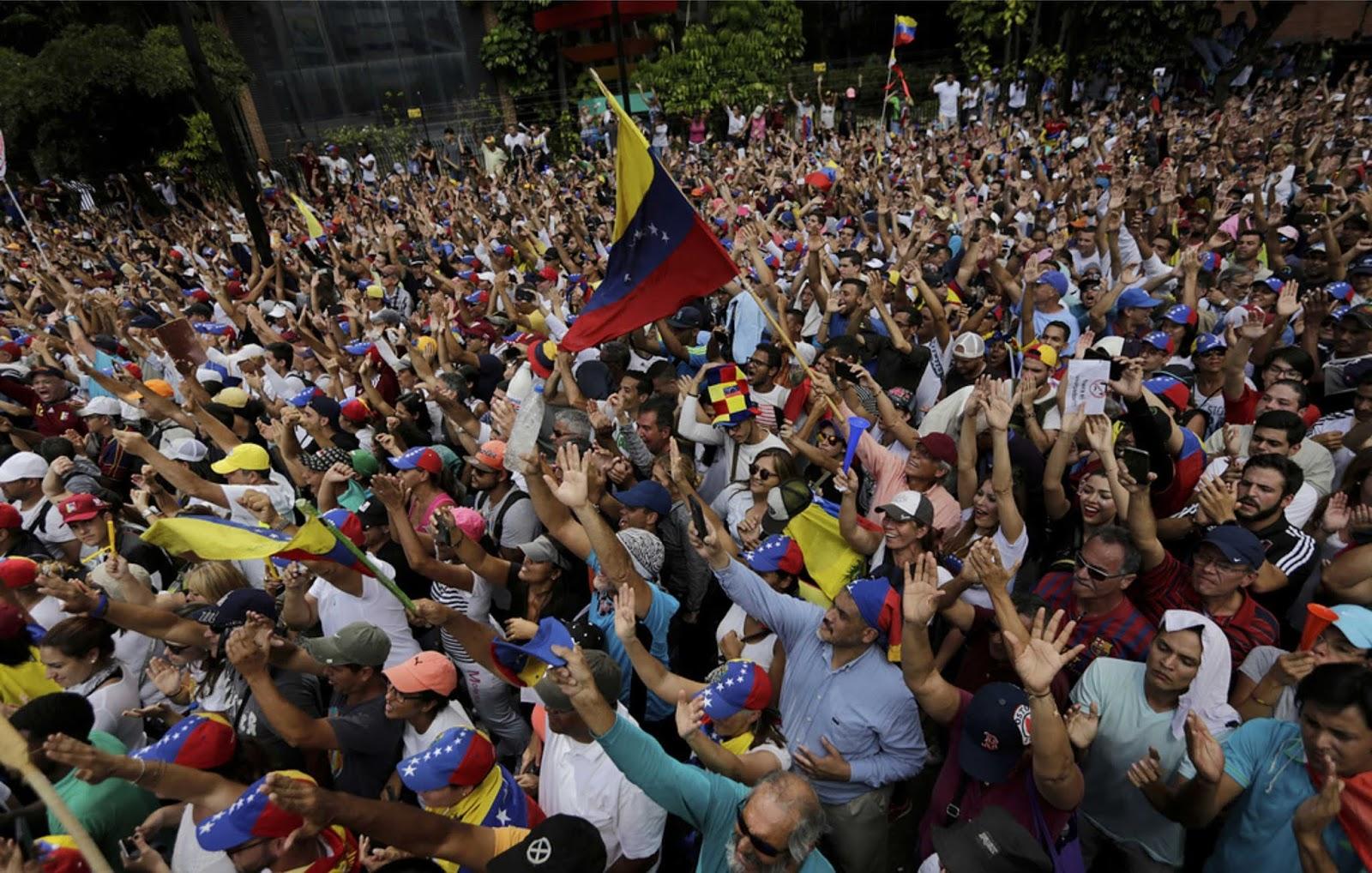WSJ menyebut peristiwa di Venezuela bagian dari rencana AS untuk menghadapi Rusia dan Cina