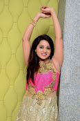 Reshma latest sizzling photo shoot-thumbnail-2