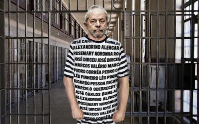 Juiz Sérgio Moro condena o petista Lula a mais de 9 anos de cadeia