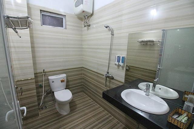 Home Travel Sapa hotel- Nhà tắm