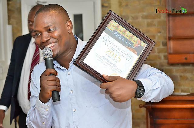 Idris Ismile Photos