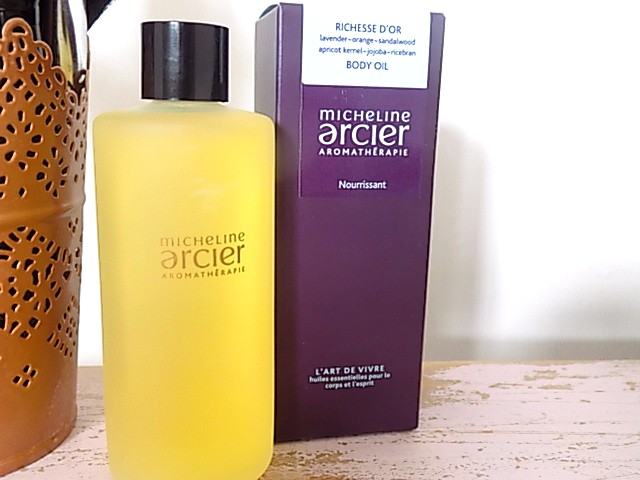 Micheline Arcier Aromatherapie Bath Oil + Harmonie Bath & Shower Crystals