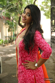 Actress Aishwarya Rajesh Photos at Dharmadurai Movie Pressmeet