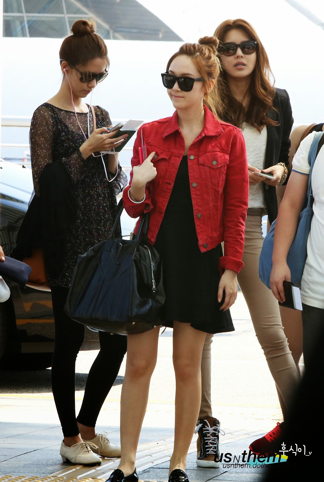 Girls' Generation airport fashion ~ Into K-POP World