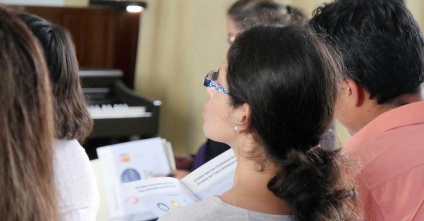 MINEDU: Comunidad educativa de Nuevo Chimbote reflexionó acerca del rol de la escuela en la construcción de ciudadanía - www.minedu.gob.pe