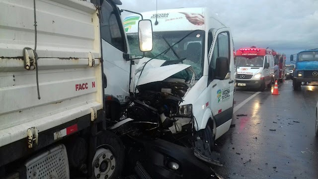 SÃO LUIZ DO CURU-CE: Colisão entre três veículos deixa um morto e seis feridos na BR-222