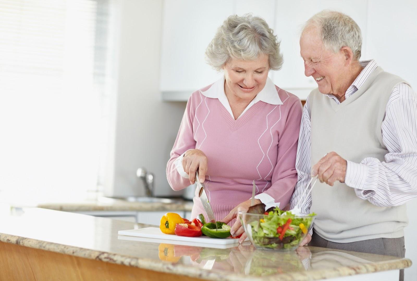 Lagence matrimoniale TOULON ALLIANCE CONSEIL permet des rencontres seniors de tout âge.