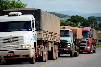 Lei prevê medidas mais duras contra roubo de cargas e contrabando