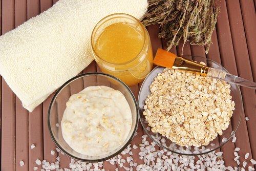 Le yogourt et la farine d'avoine