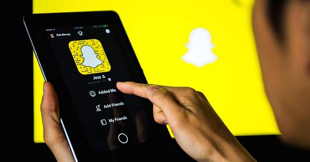 يسخر Snapchat من Facebook باستخدام فلتر جديد مثير للغاية