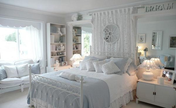 Kamar tidur ada ruang santai