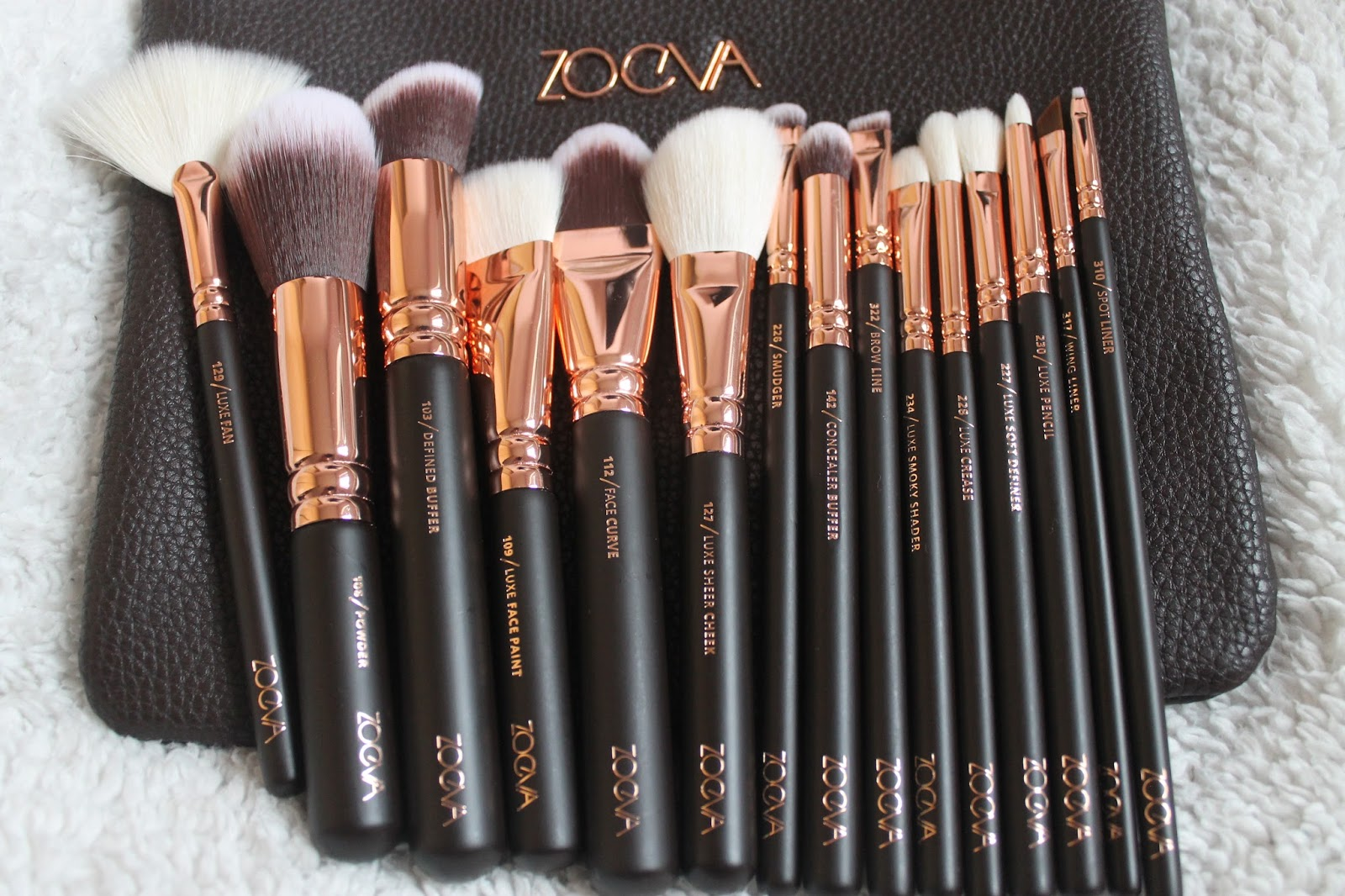 rose gold makeup brushes set. i decided to go for volume one because was torn between the full rose gold eye set and face brushes this seemed be makeup