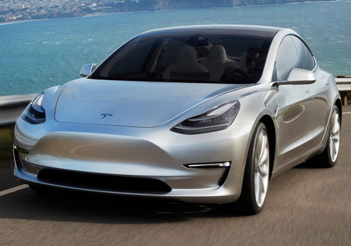 Tinuku Elon Musk confirmed Tesla Model 3 hit market this month