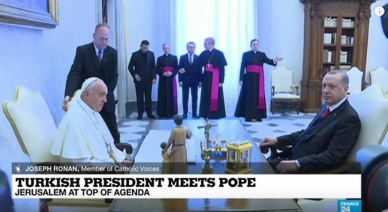 kursi Erdogan dan Paus Fransiskus di Vatikan