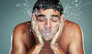 Kesehatan Kulit : Wajah Pria Juga Perlu Dirawat loh......