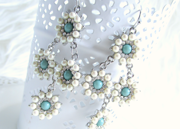 Details Girl Intuitive - Silver Pearl Daisy Drop Earrings - $15.00 USD