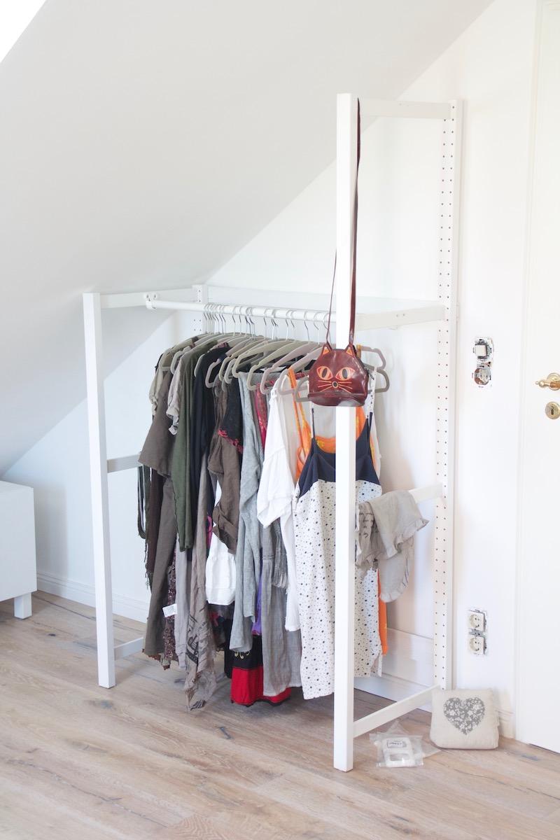 Kleiderstange Fur Dachschrage Vorhang Bei Einer Dachschrage