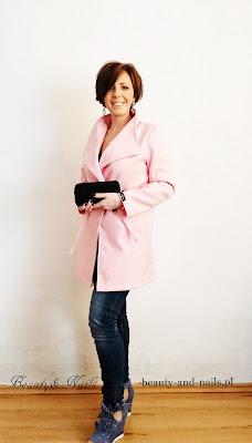 ROSEWHOLESALE- piękny, różowy płaszczyk.