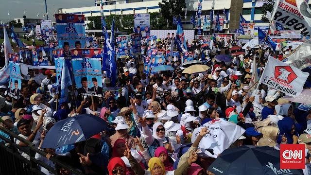 Prabowo Kampanye, Simpatisan Penuhi Stadion Sidolig Bandung