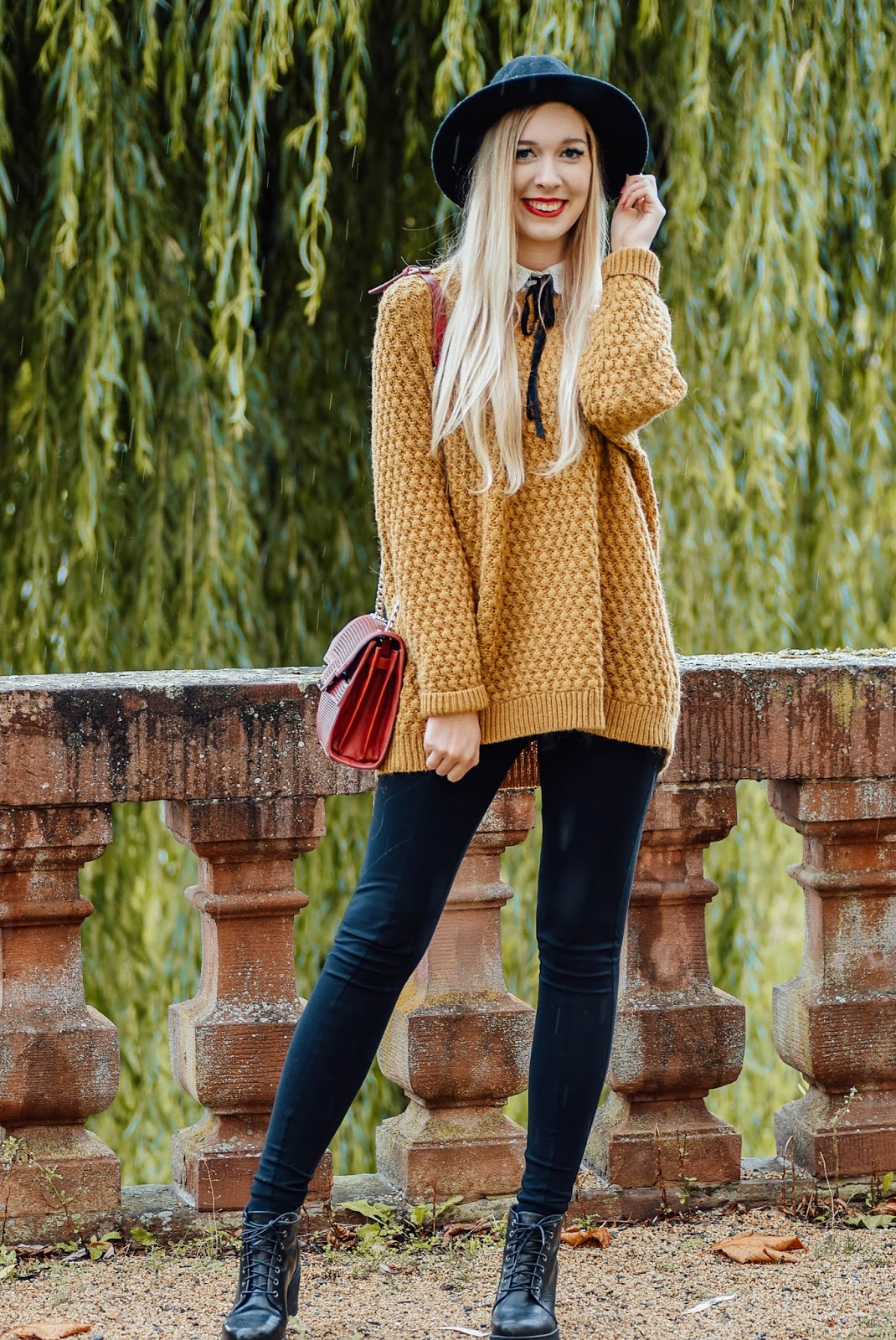 First Atumn Look, Hut, Cozy Oversized Pullover, Senfgelb, Vagabond Shoes, Stiefel, Asos, Jeggings, Mac, Ruby Woo
