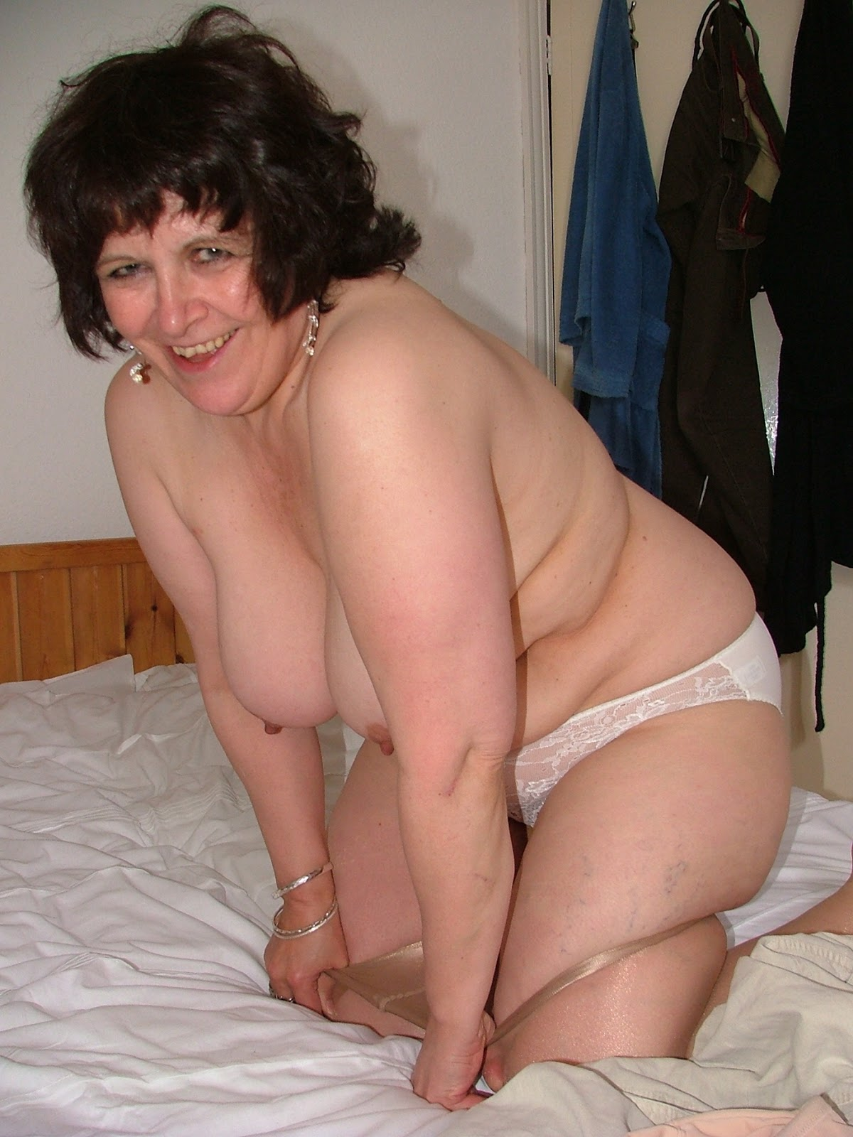 Archive Of Old Women Hairy Mature Bbw Beatrice  Solange-9756